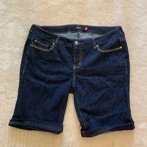 Torrid dark denim Bermuda shorts size 20